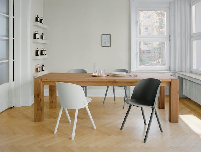 E15 This Chair Stefan Diez 2