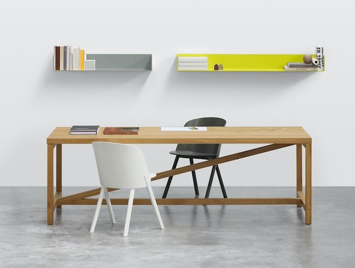 E15 This Chair Stefan Diez 3