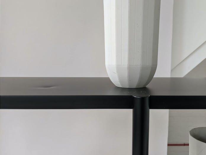 Aero shelf close up