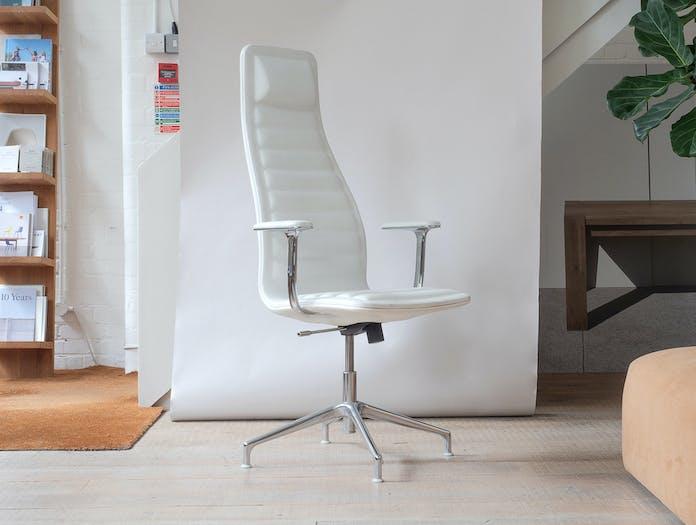 Cappellini lotus chair sale 3
