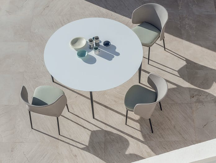 Expormim nude round dining table story 1