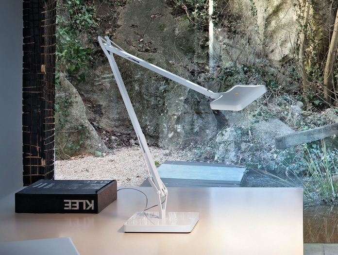 Flos Kelvin Led Desk Lamp White 2 Antonio Citterio And Toan Nguyen