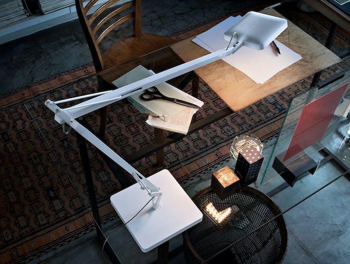 Flos Kelvin Led Desk Lamp White 3 Antonio Citterio And Toan Nguyen
