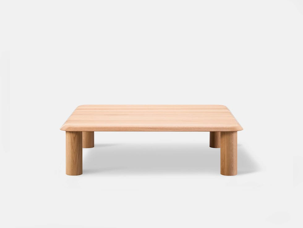 Islet coffee table image