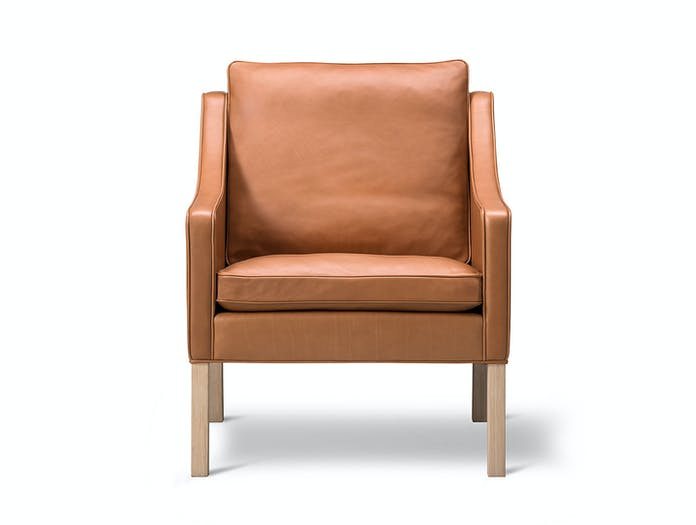 Fredericia 2207 Lounge Chair Oak Front Borge Mogensen