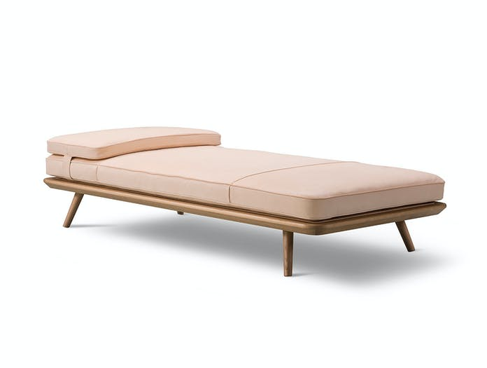 Fredericia Spine Daybed Natural 3 Space Copenhagen