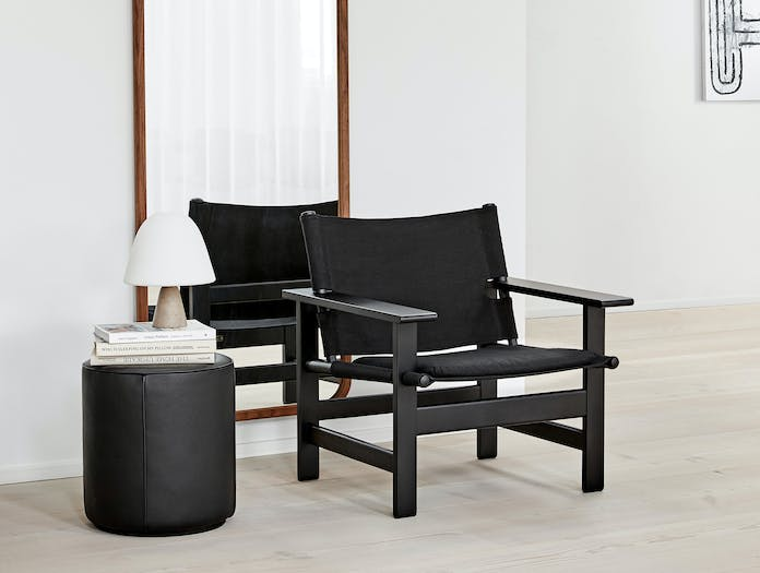 Fredericia canvas chair lifestyle 1