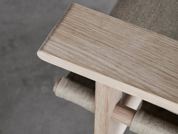 Fredericia canvas chair lifestyle 11