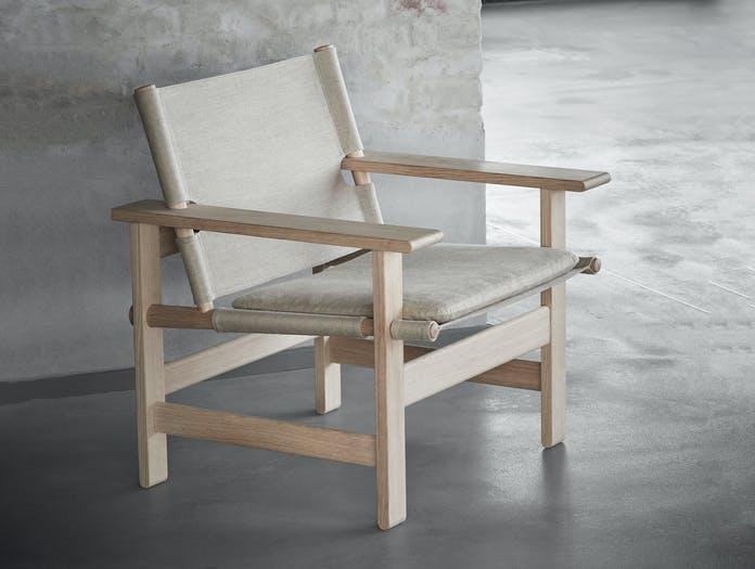 Fredericia canvas chair lifestyle 3