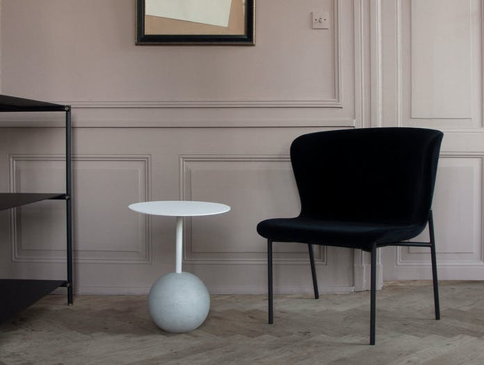 Friends Founders Knockout Side Table Round Ida Linea Hildebrand