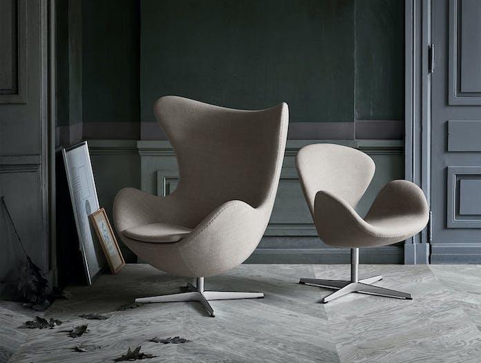 Fritz Hansen Egg Swan Chairs Grey