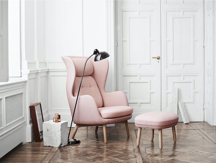 Fritz Hansen Ro Chair Pink