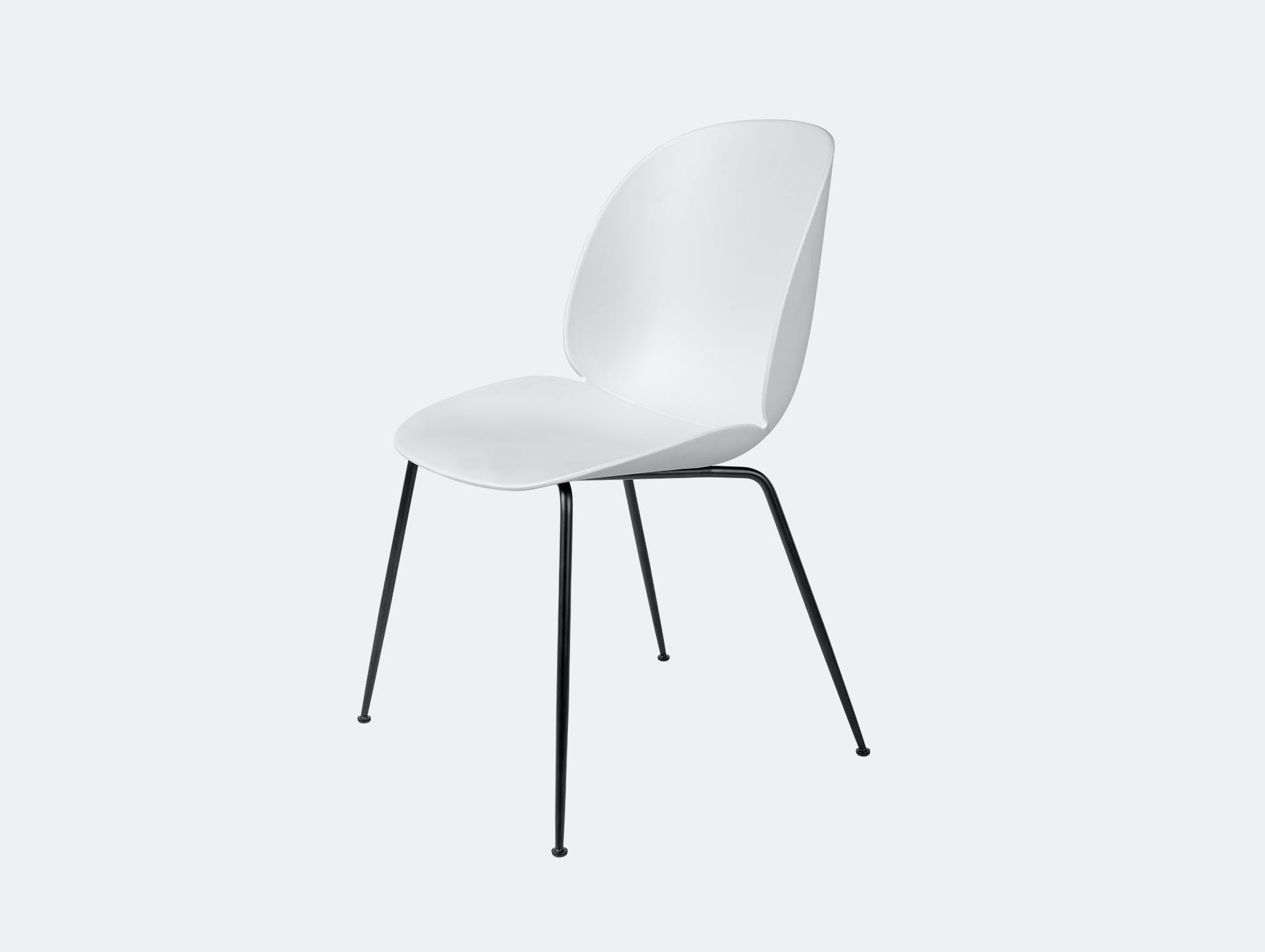 Gubi beetle dining chair pure white blk