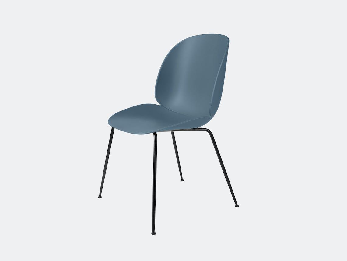 Gubi beetle dining chair smk blue blk