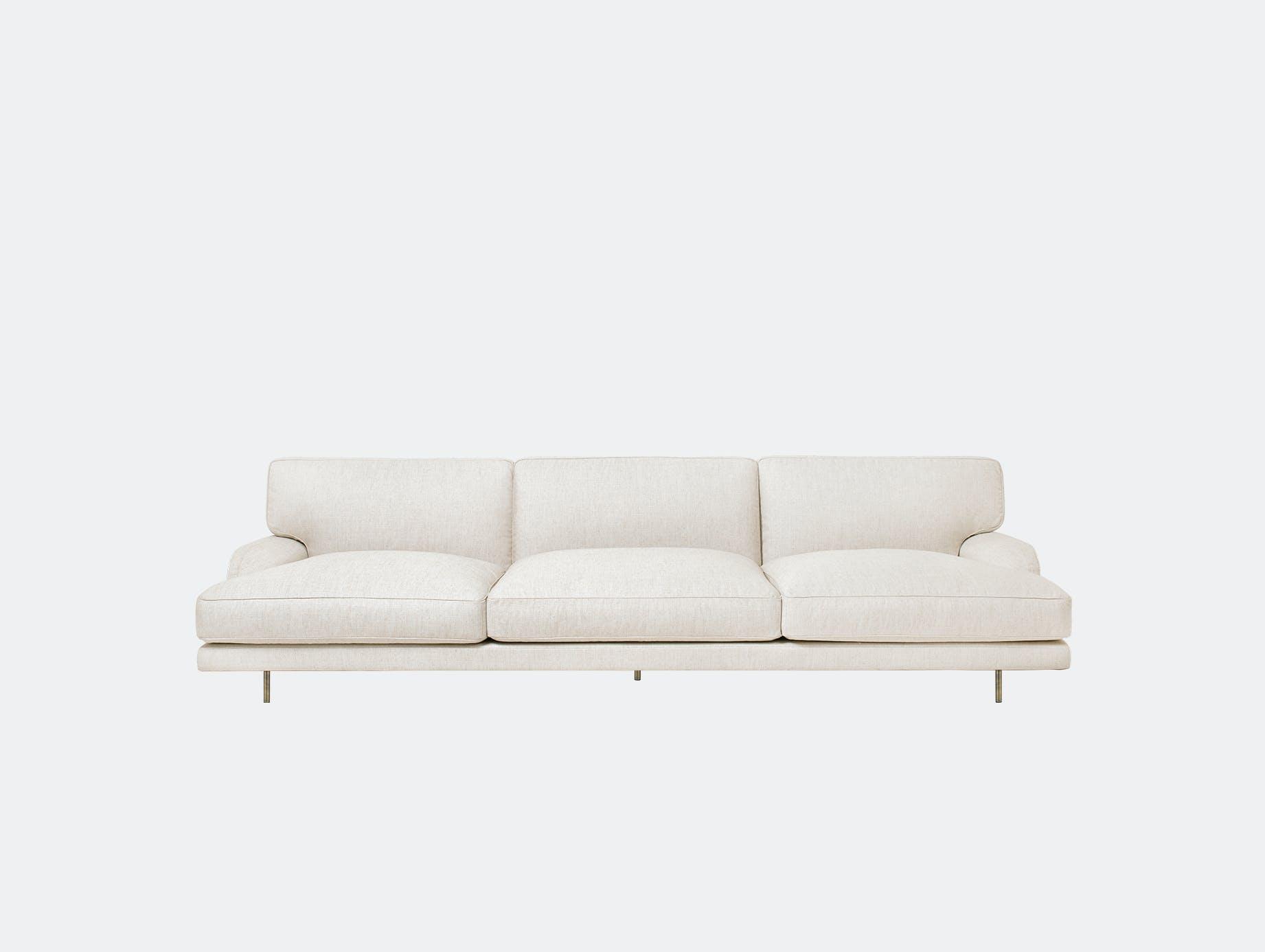Gubi flaneur 3 seat sofa chambray 024