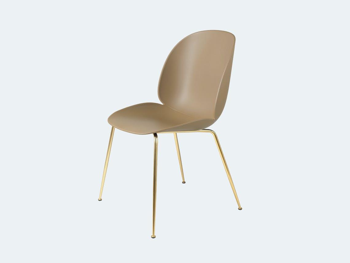 Gubi gamfratesi beetle chair brass pebble brown