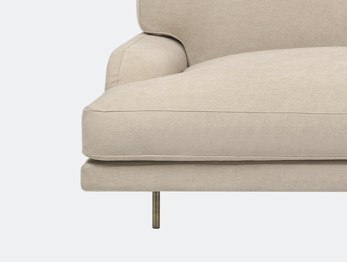Gubi flaneur 2 5 seat sofa jab dolcelino 1202 72 brs c