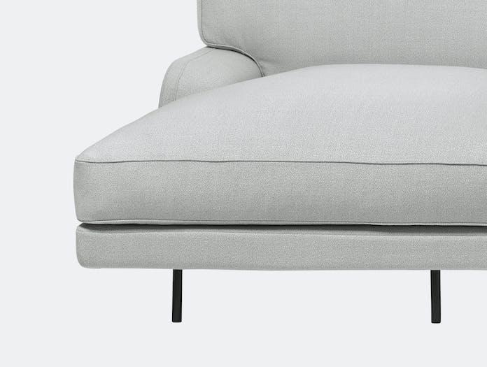 Gubi flaneur sofa w chaise famehybrid 1101 blk c