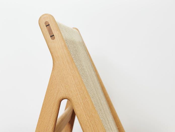 Gubi mathias steen MR01 initial chair oak detail