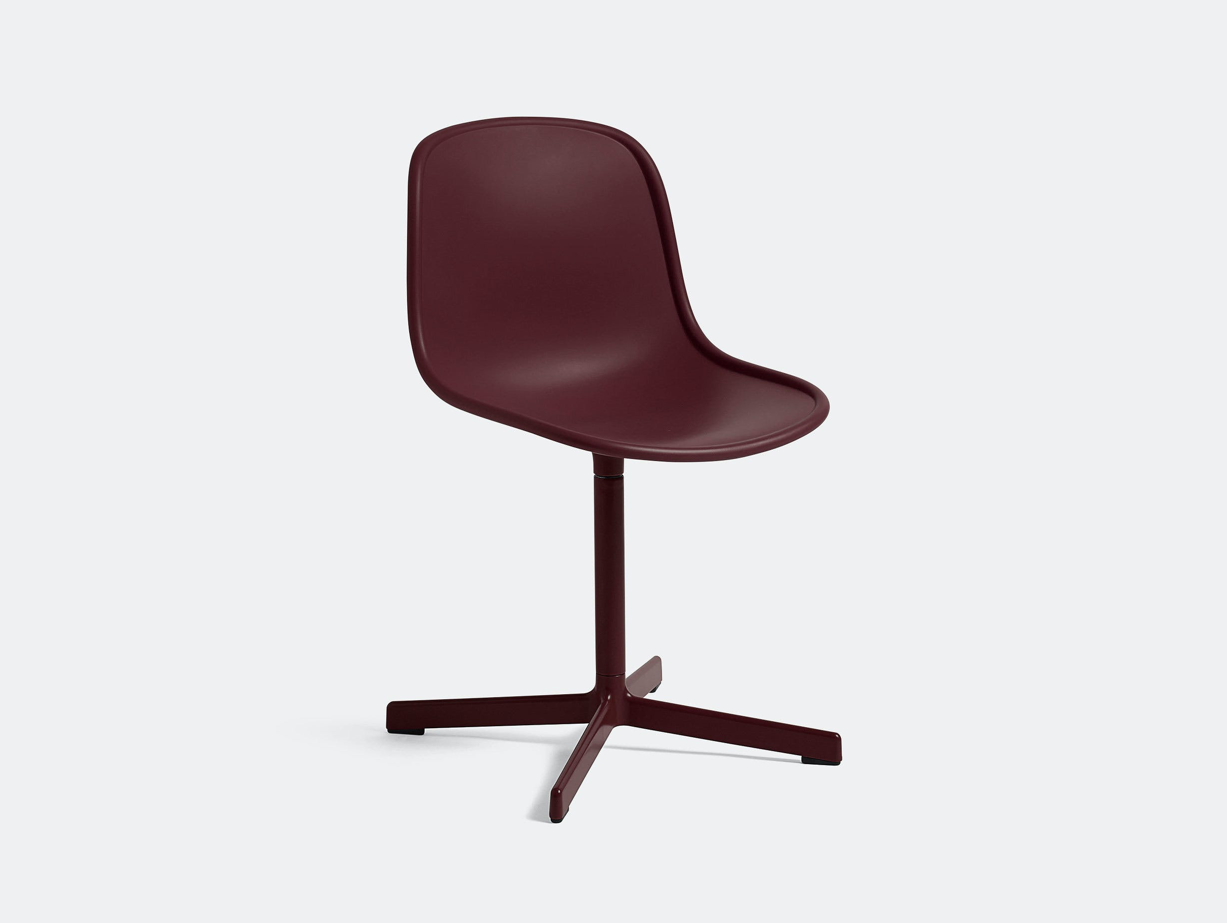 Hay Neu10 Alu Swivel Base Bordeaux 01