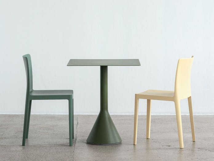 HAY palissade cone table square olive ls 2