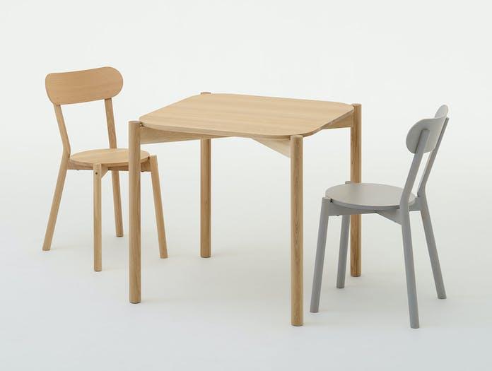 Karimoku Castor Chairs Table Big Game