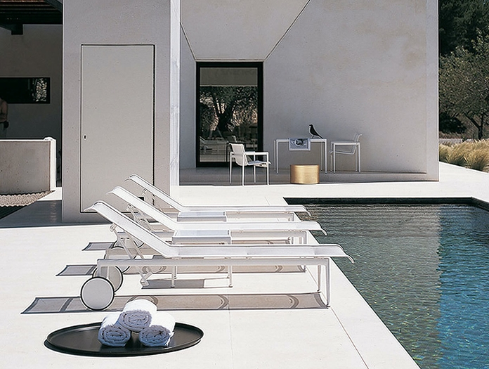 Knoll 1966 Outdoor Chaise White Pool Richard Schultz