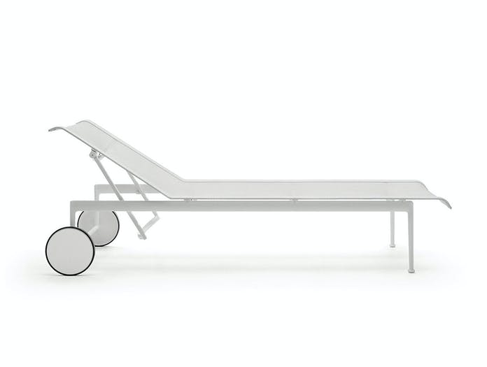 Knoll 1966 Outdoor Chaise White Side Richard Schultz