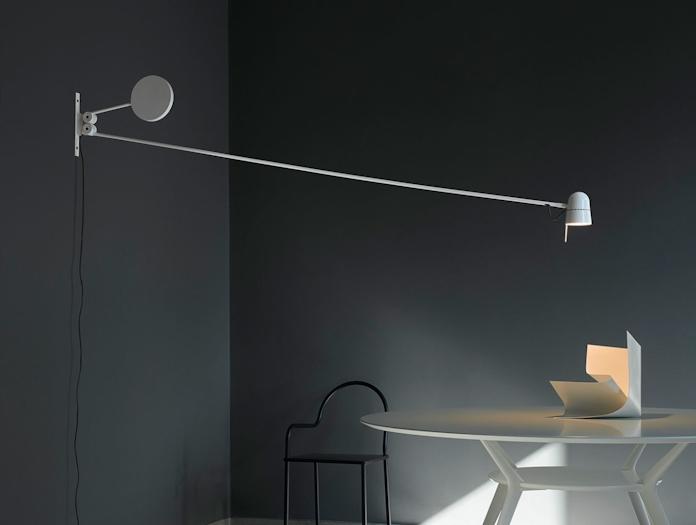 Luceplan Counterbalance Wall Light White 2 Daniel Rybakken
