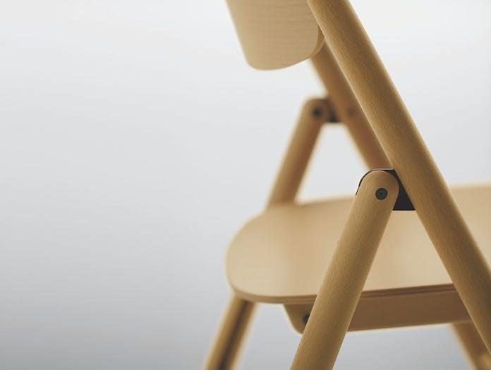 Maruni HIROSHIMA folding chair detail