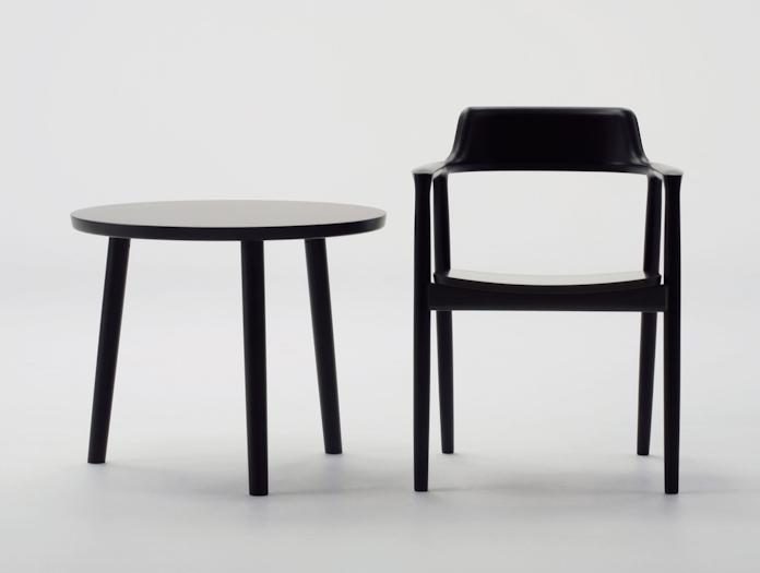 Maruni Hiroshima Armchair Beech Mat Black Side Table