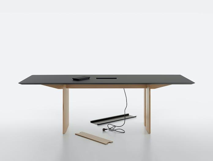 Mattiazzi fronda table black pine 240 cable ls