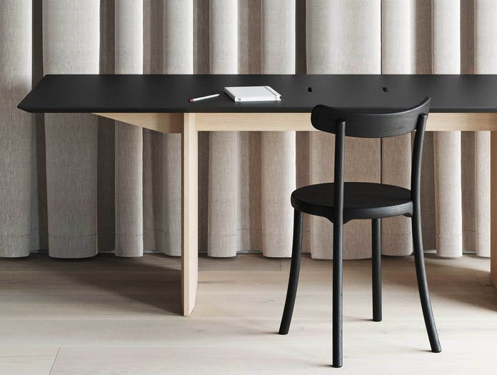 Mattiazzi zampa chair lifestyle 2