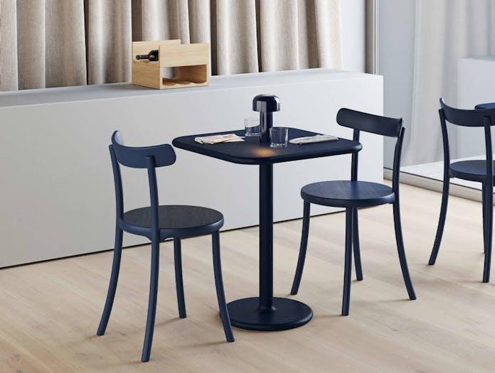 Mattiazzi zampa chair lifestyle 3