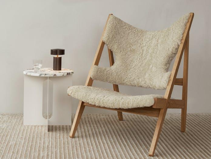 Menu androgyne table knitting chair story 2