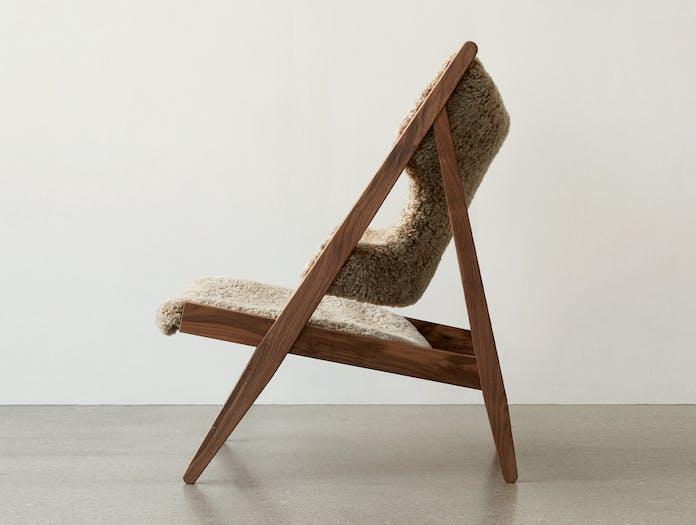 Menu knitting lounge chair story 2