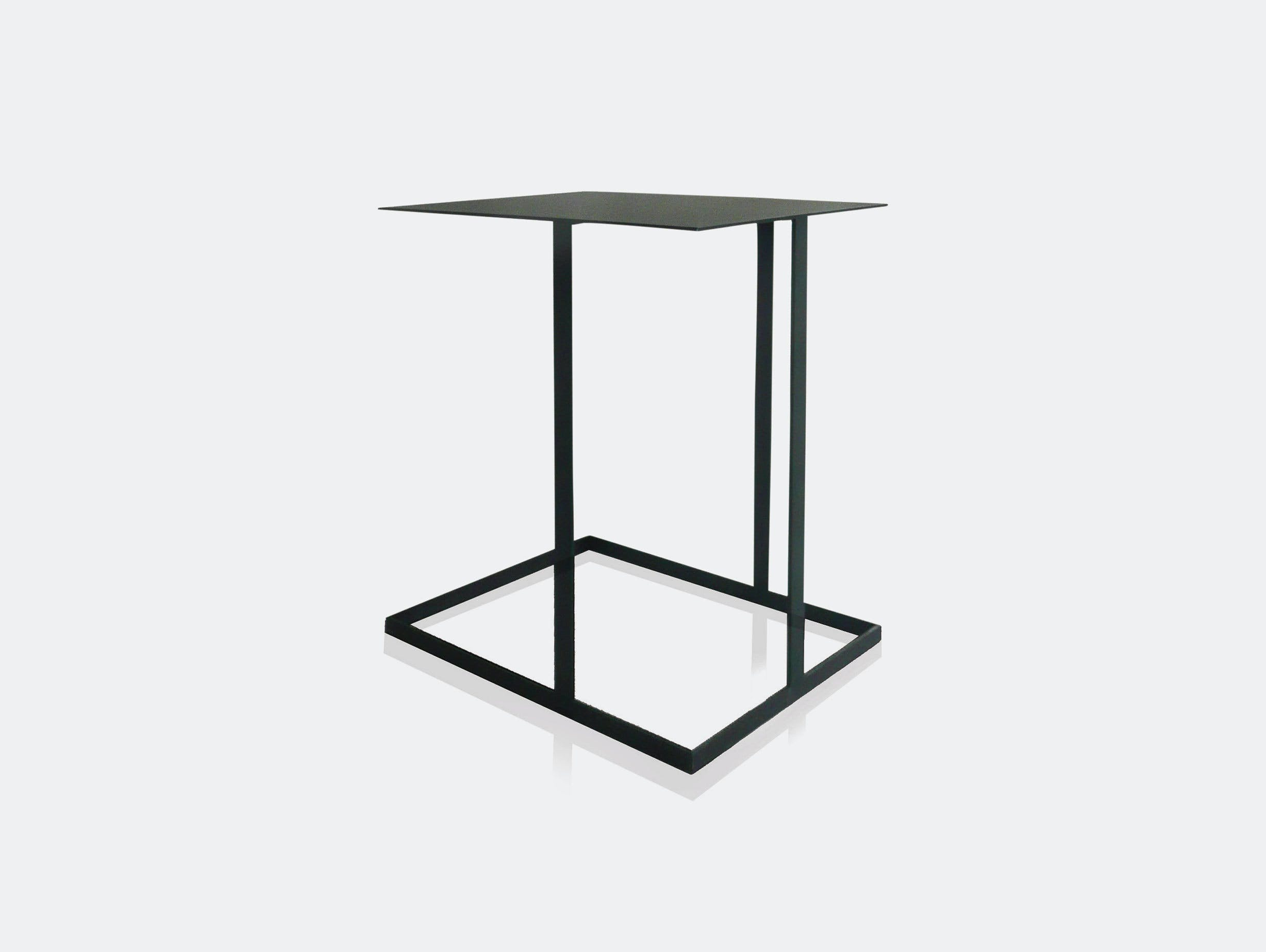 Montis Annex Side Table 2