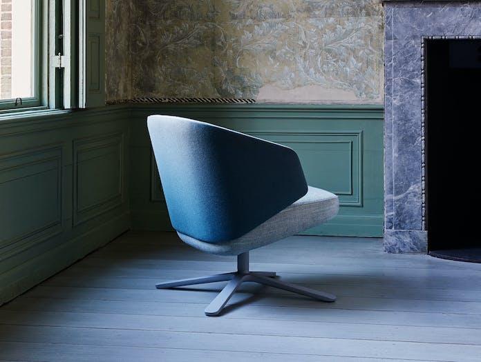Montis Back Me Up Salon Lounge Chair 2
