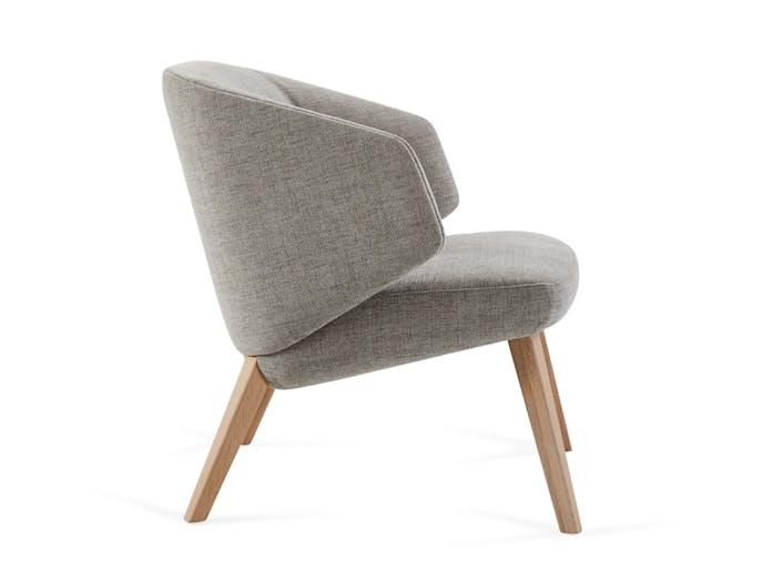 Montis Back Me Up Salon Lounge Chair 5