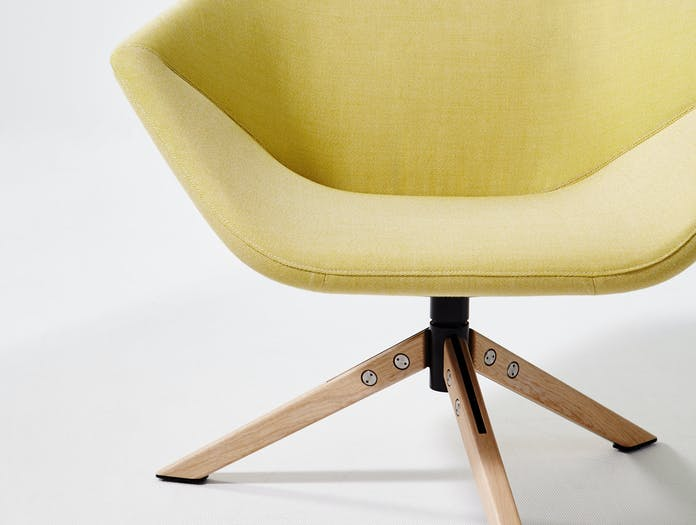 Montis Ella Chair Detail