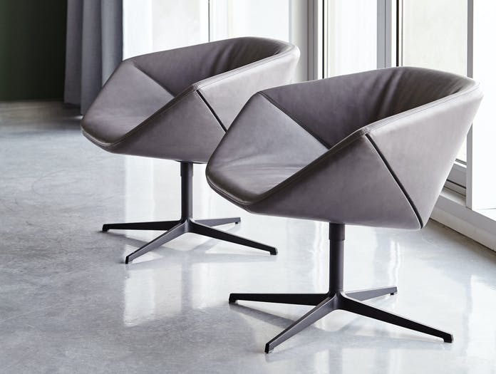Montis Ella Chair Leather
