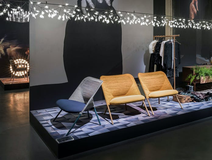 Moooi Heracleum Endless Suspension Light Shift Lounge Chairs