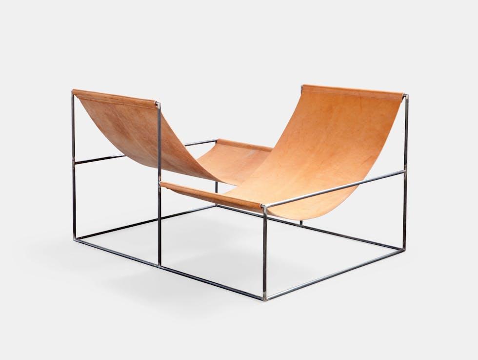 Crossed Double Seat image