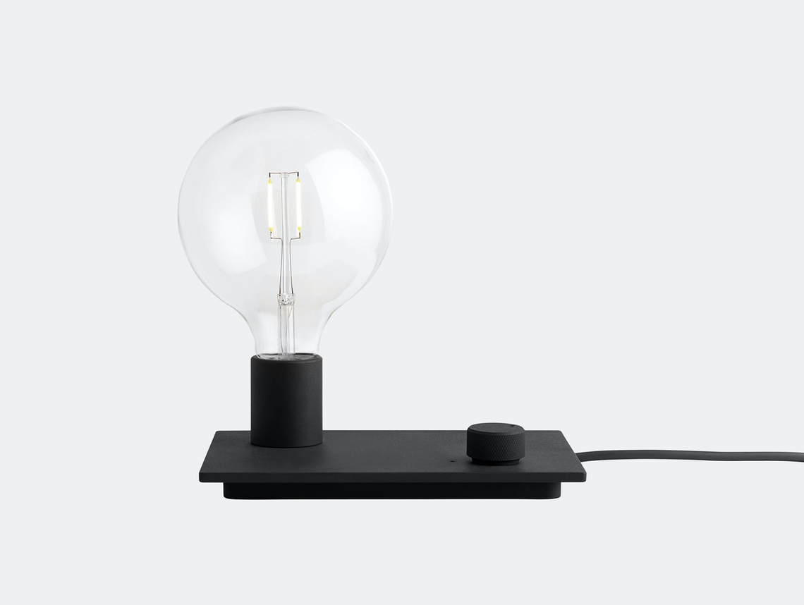 Muuto Control Light Black Taf Studio