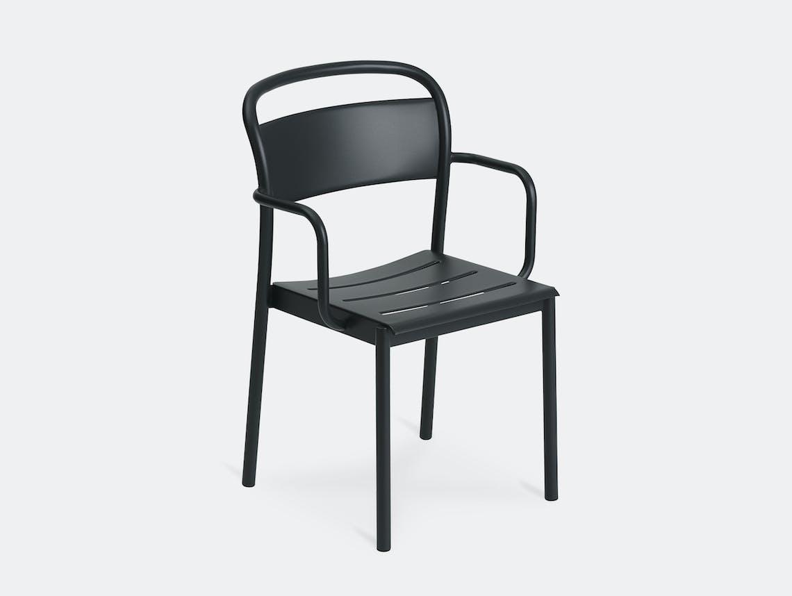 Muuto linear armchair black front