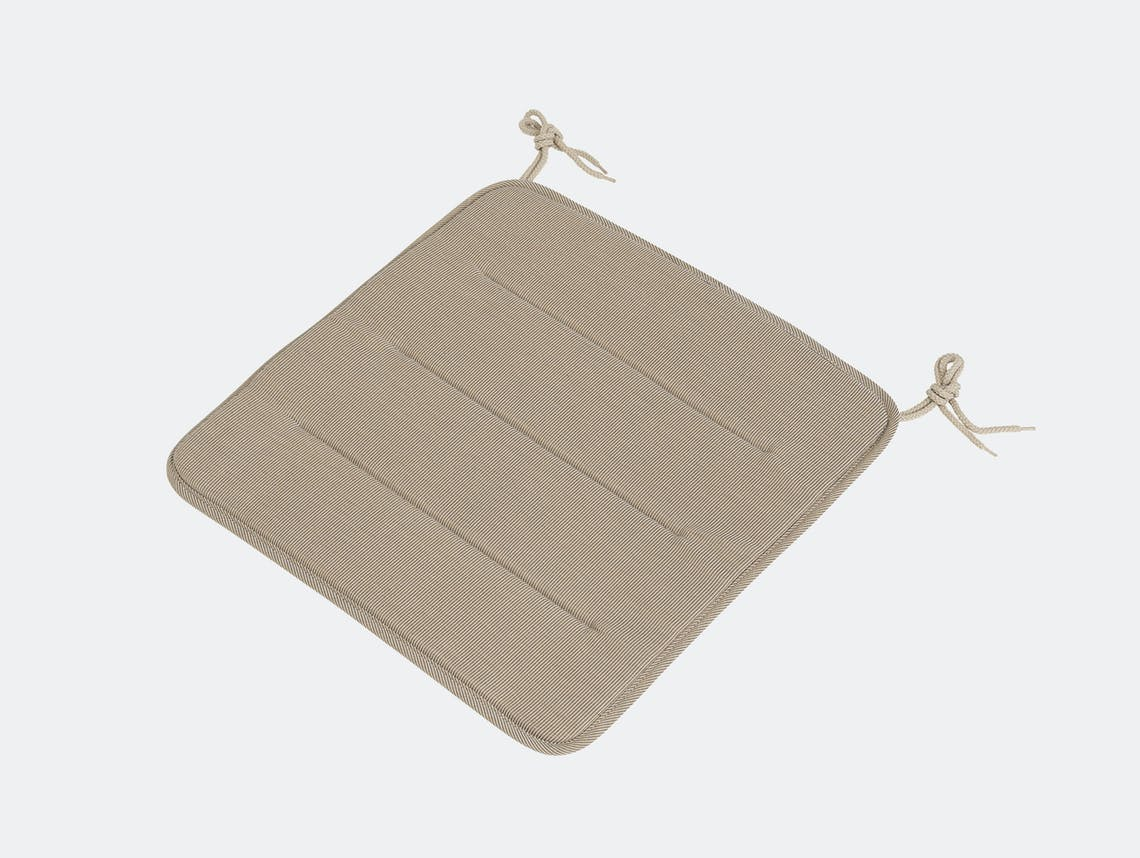Muuto linear steel chair seatpad warm beige
