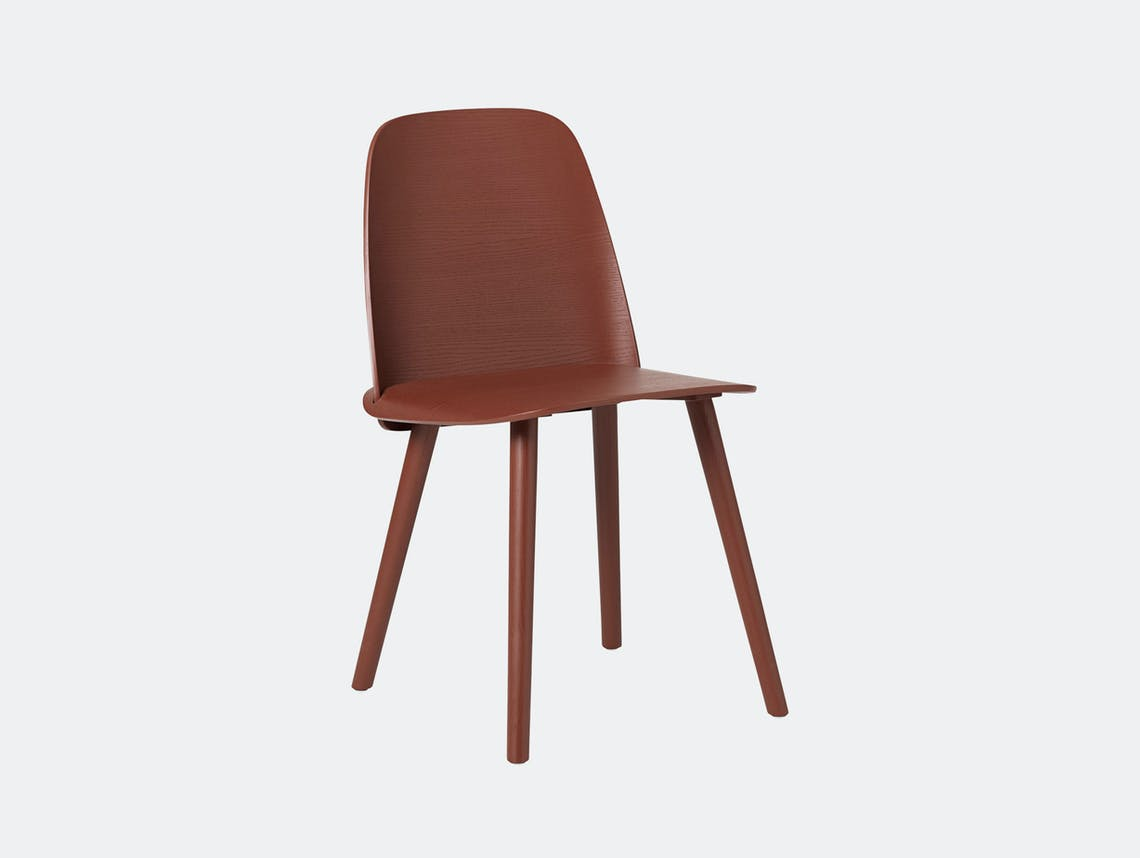 Muuto Nerd Chair Dark Red David Geckeler