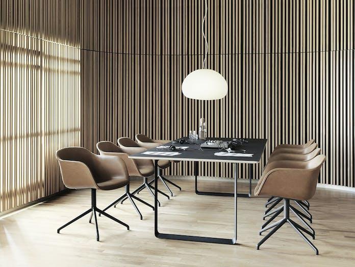 Muuto Fiber Chair 70X70 Fluid Lamp