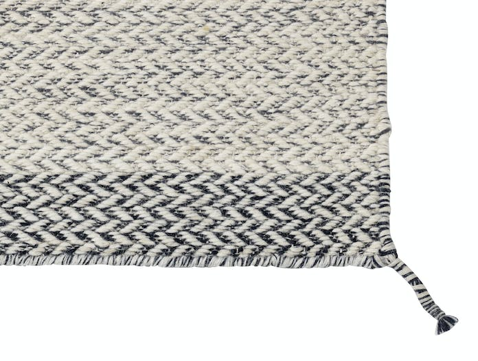 Muuto Ply Rug Offwhite Detail Margrethe Odgaard