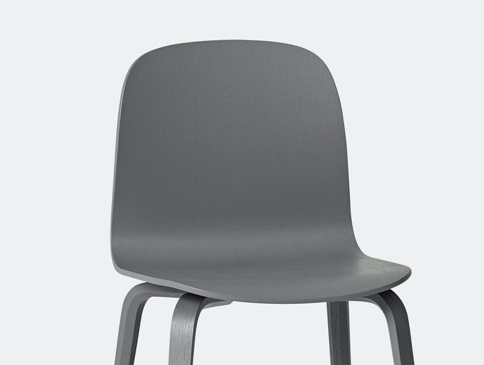 Muuto Visu Chair Dark Grey Detail Mika Tolvanen